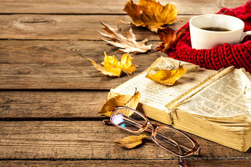fall-reading-850px